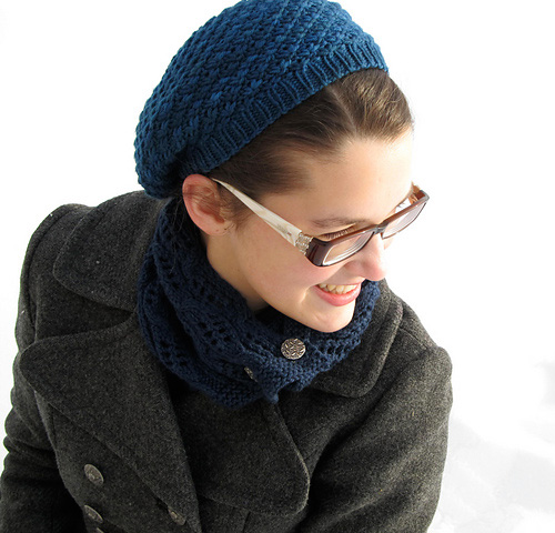 Godric's Hollow Hat by Rebecca Beam, vía Ravelry