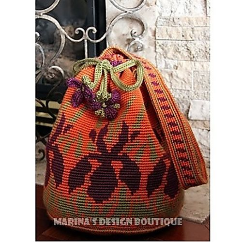 Iris Meadow Drawstring Bag, vía RuskaM Ravelry